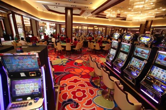 razon social casino life