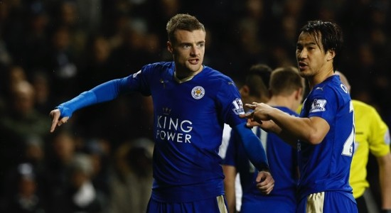 Leicester City's Jamie Vardy, left, and teammate Shinji Okazaki