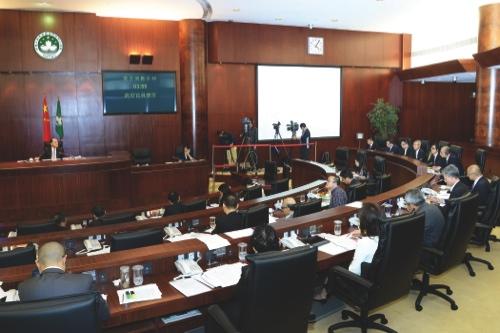 Lawmakers discuss environmental noise bill