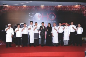 Nic, Mani and master chefs from SOHO restaurants toast the grand opening of SOHO at City of Dreams Macau