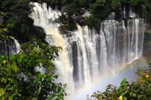 The Kalundula Falls, located 85 kilometers from the city of Malanje, are the largest falls in Angola and one of the country's touristic attractions