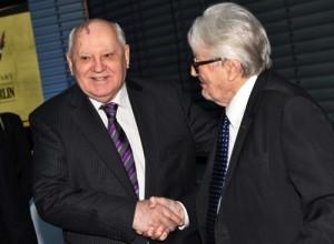 Mikhail Gorbachev, Roiland Dumas