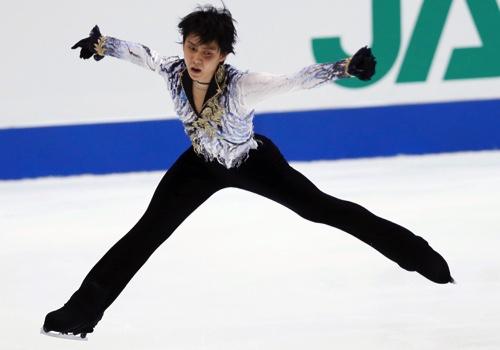 Yuzuru Hanyu of Japan performs during the men's free skate of the NHK Trophy figure skating in Osaka, western Japan