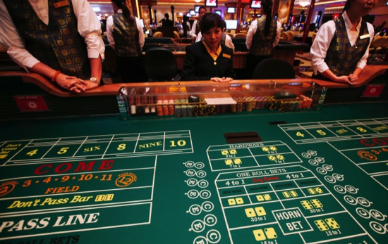 US Casinos Macau Headache