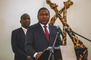 Mozambique's President Filipe Nyusi (front)