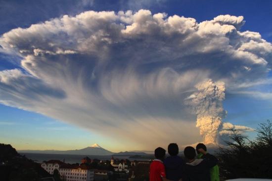 APTOPIX Chile Volcano Erupts