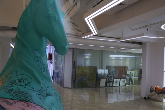 Pakeong's horse sculpture seen in the foreground
